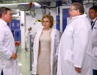 Valentina Matvienko visited the plant for the Russian optical fiber production